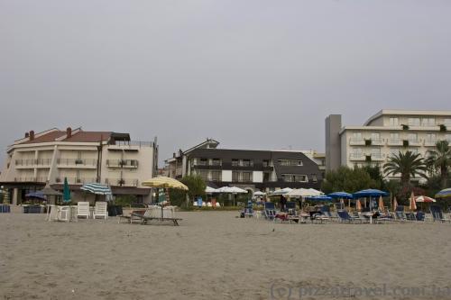 Пляжные отели в Дурресе