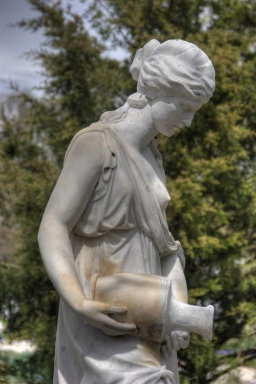 Скульптура в дендропарке