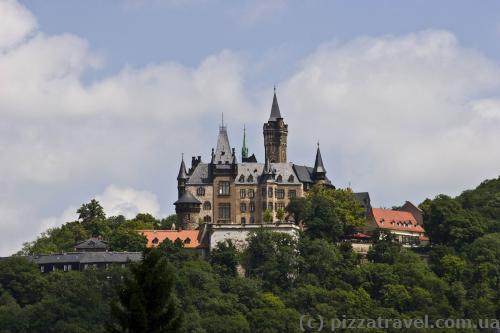 Вид на замок с Lindenbergstrasse