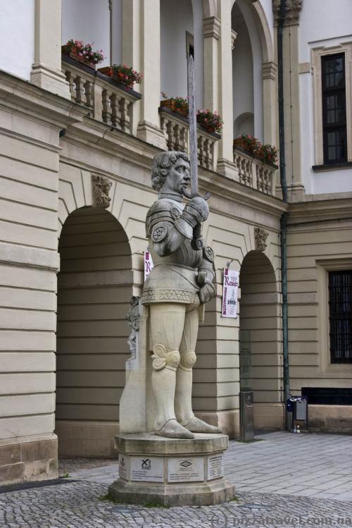 Скульптура Роланда в Магдебурге