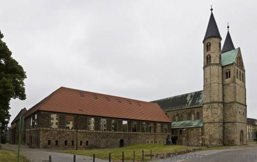 Монастырь Пресвятой Девы Марии, ныне музей изобразительных искусств