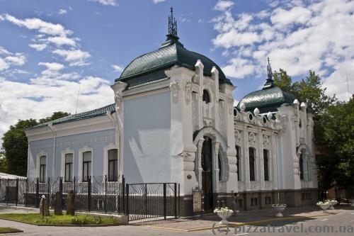 Кировоградский краеведческий музей (Дом Барского)