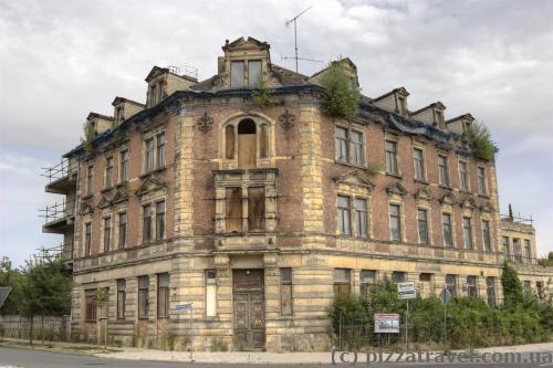 Досить рідко в туристичному місті Німеччини можна побачити покинутий будинок.