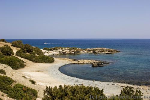 Абсолютно безлюдные пляжи на полуострове Акамас