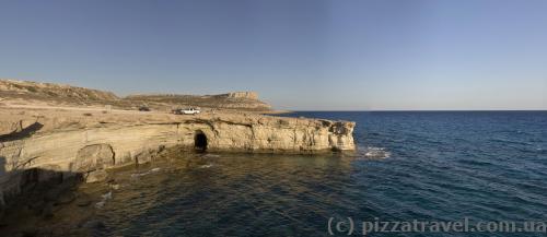 Морские пещеры на мысе Греко