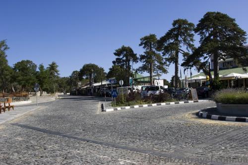 Площадь Тродос