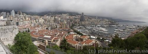 Вид на Монако из старого города