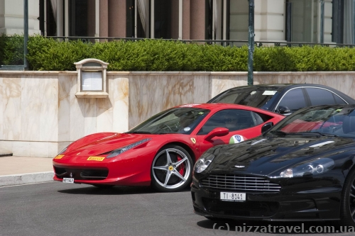Дорогие автомобили в Монако