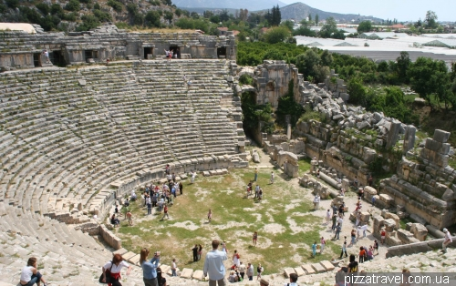 Амфитеатр античного города Мира