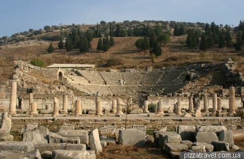Малый театр в Эфесе