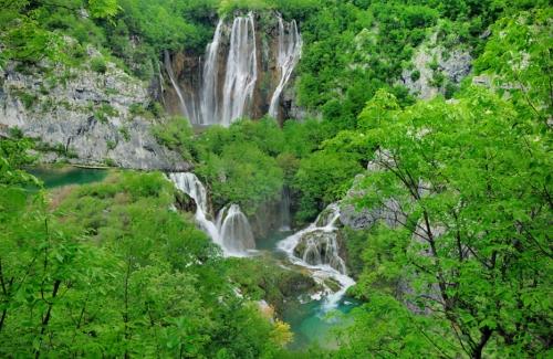 Veliki Slap Waterfall & Sastavci Waterfalls