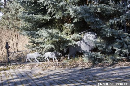 Ворота с кабанчиками