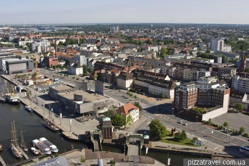 Вид со смотровой площадки в Бремерхафене