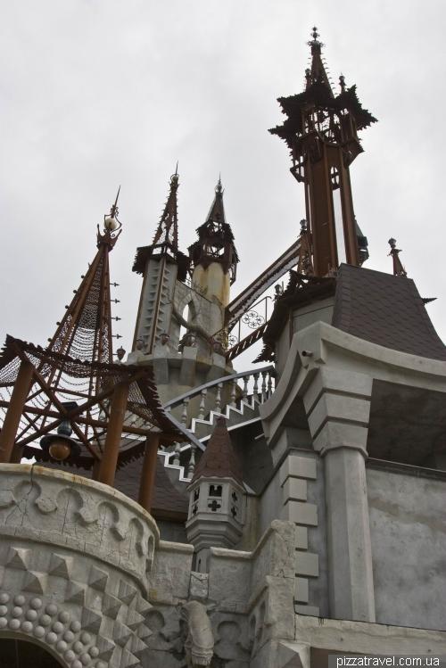 Казковий замок під Києвом