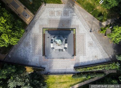 Monument to Prince Volodymyr, the Baptizer of Kyivan Rus