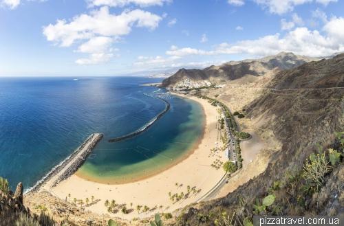 Пляж Лас Тереситас на острове Тенерифе