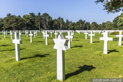 Пляж Омаха и американское кладбище