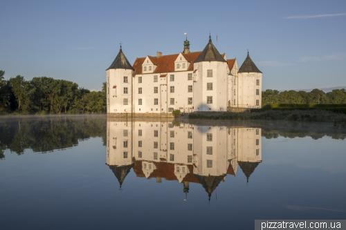 Замок Глюксбург