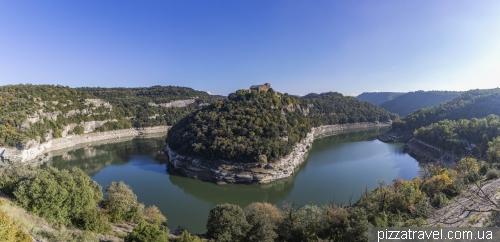 Смотровая на монастырь Сант-Пере де Касерес (Sant Pere de Casserres)