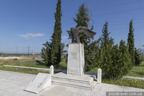 Мемориал царю Леониду и 300 спартанцев