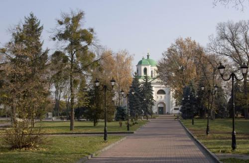 Парк около собора
