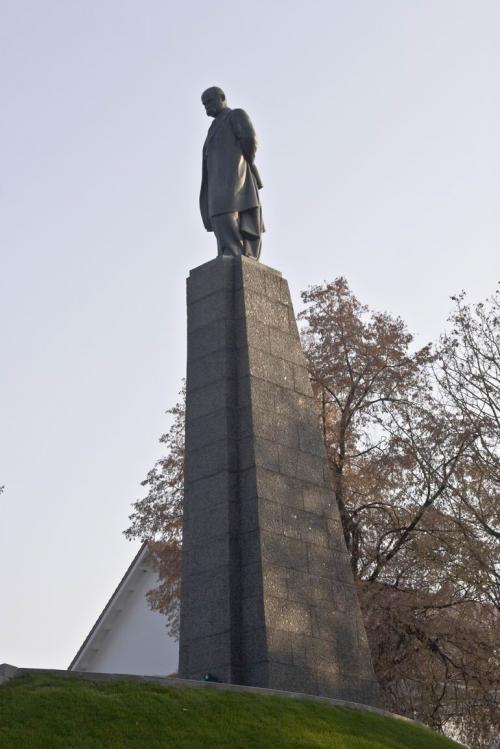Памятник на могиле Т.Г. Шевченко