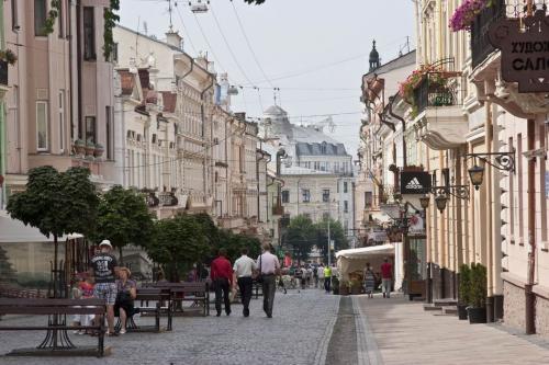 Пешеходная улица Ольги Кобылянской