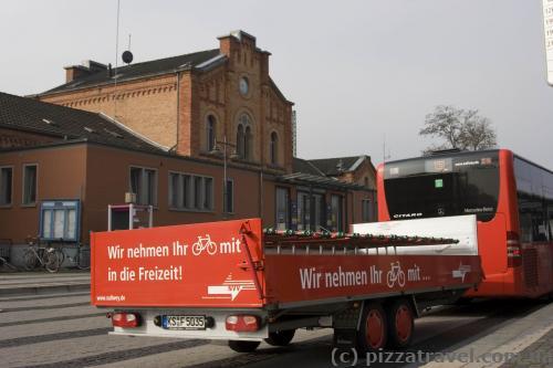 Автобус c прицепом для велосипедов