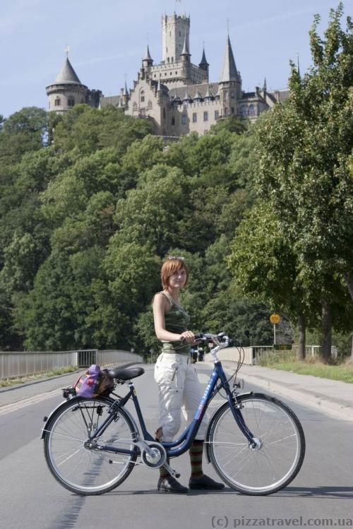 Лучший способ доехать до замка Мариенбург - на велосипеде из Ганновера