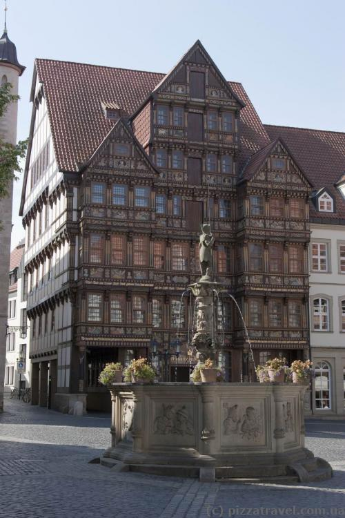 House of Wedekind (Wedekindhaus) on the Market Square