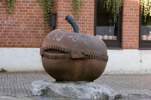 Уличная скульптура в Вольфенбюттеле