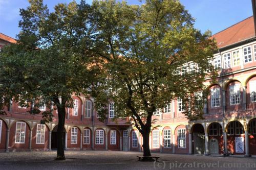 Внутренний двор дворца в Вольфенбюттеле