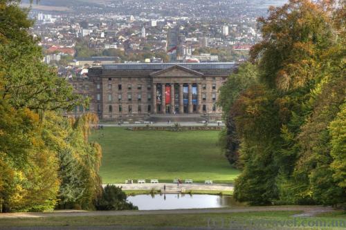 Вид на дворец Вильгельмсхёэ и Кассель