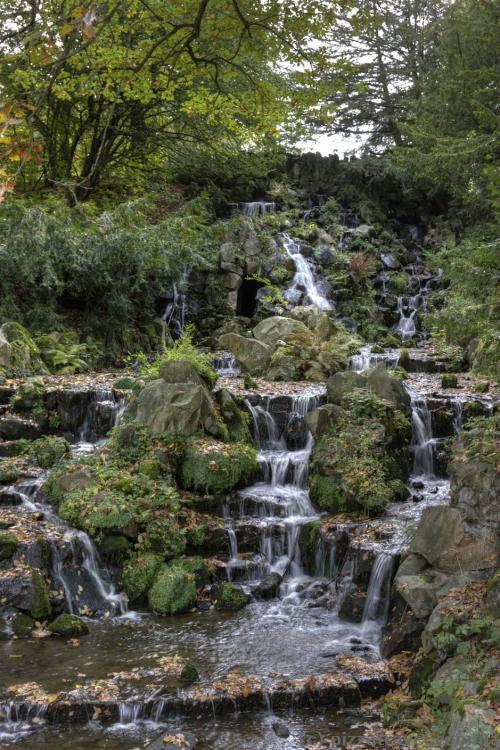Водопады в парке Вильгельмсхёэ