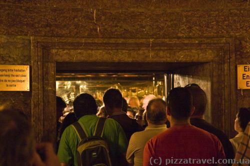 Лифт поднимет вас в Кельштайнхаус.