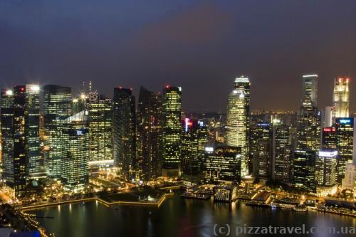 Вид из окна клубного номера отеля Marina Bay Sands