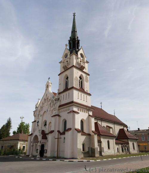Костел Святої Діви Марії