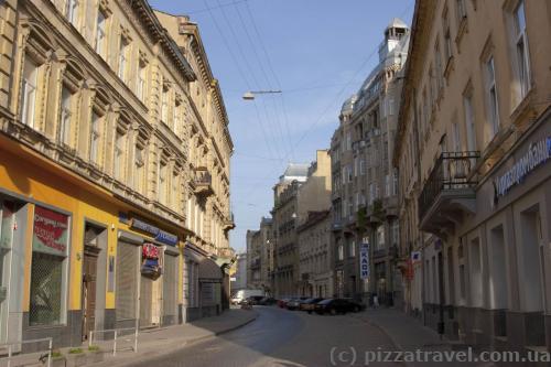 Улица Гнатюка
